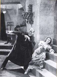 Lon Chaney as Phantom & Mary Philbin as Christine. Make your choise!