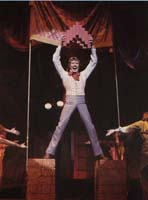 Michael Crawford in Barnum.